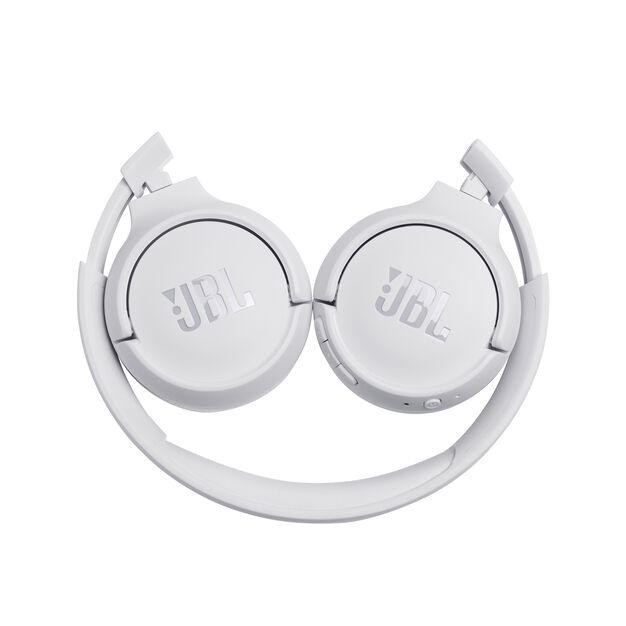 JBL TUNE 500BT - White - Wireless on-ear headphones - Detailshot 2