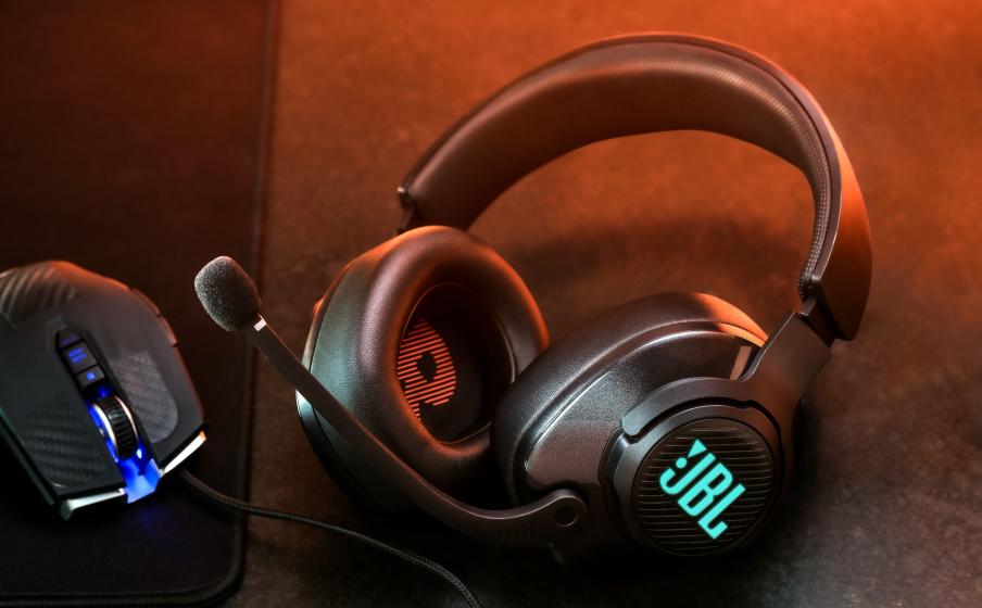 JBL QuantumSOUND Signature ofrece una auténtica experiencia sonora